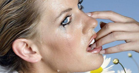 Сонник утешать плачущую женщину