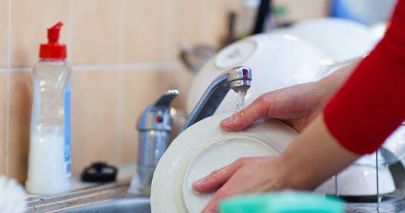 К чему снится мыть грязную посуду сонник